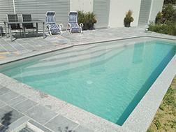 Dora Pool Wels - Schwimmbad von Profis